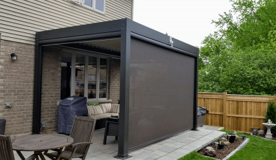 retractable outdoor screen in hamilton